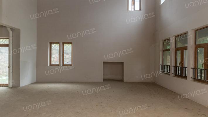 仙林东·宝华山下·采光充足·.本人熟悉此房
