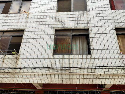 桂北区八里街和风巷,整栋出售四层 384平,只需100万