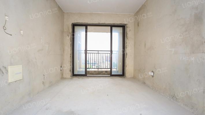 信鸿蔚蓝海岸 中高层 三房  间隔方正