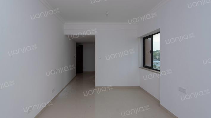 标准的单身公寓 精装修 户型方正