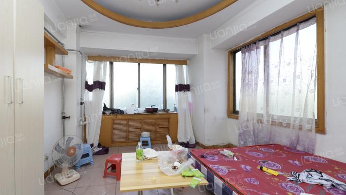 售华泰家园二居室78.23m² 83 万带电梯精装无增值税