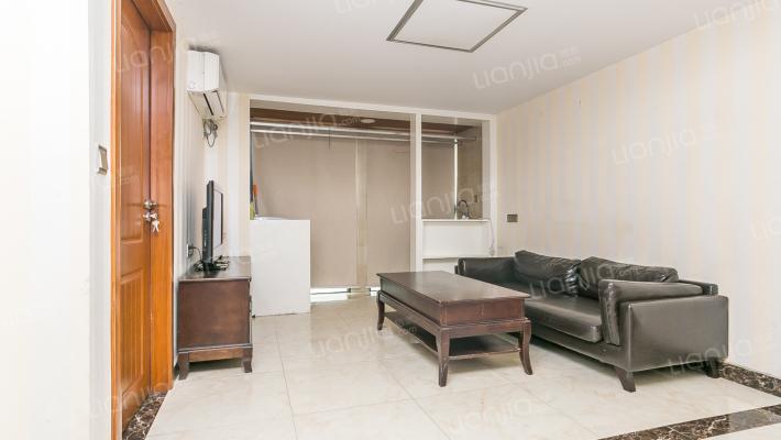 美乐城复式公寓4室1厅业主诚心出售