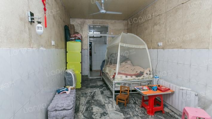 上海路梦时代旁 谢家村地铁口 总价超低2房