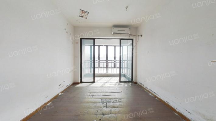 广东动漫城 1室0厅 30万