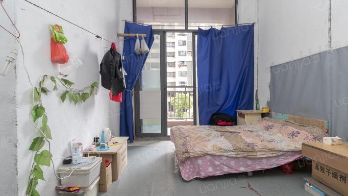 小户型公寓房  生活方便  可以贷款