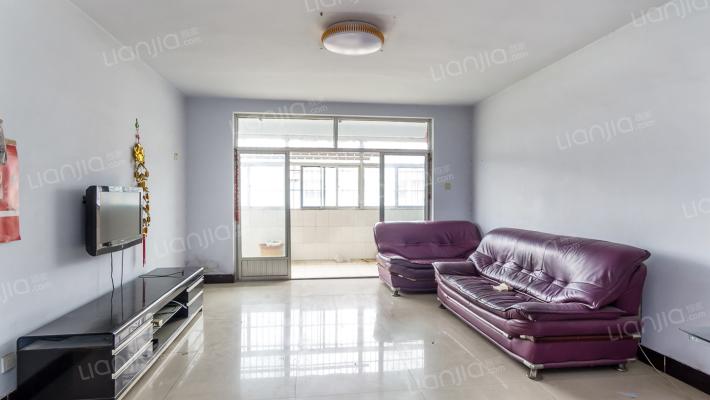 金鳞花园5室2厅,5+1,客厅通阳台190平方 118万