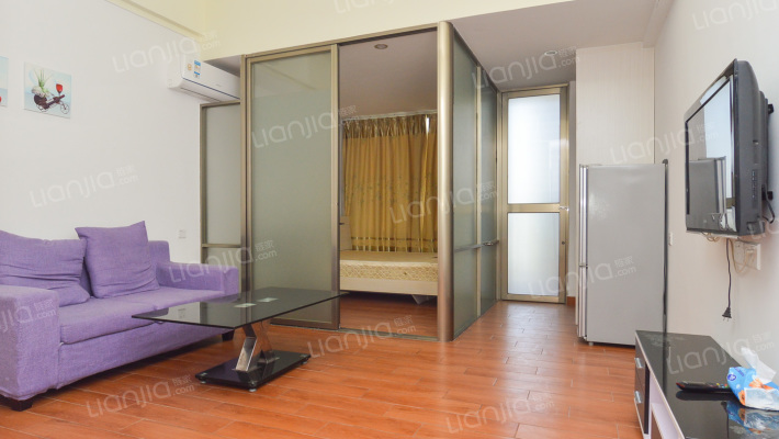 朗日公寓 精装修单身公寓 房间阳光充足