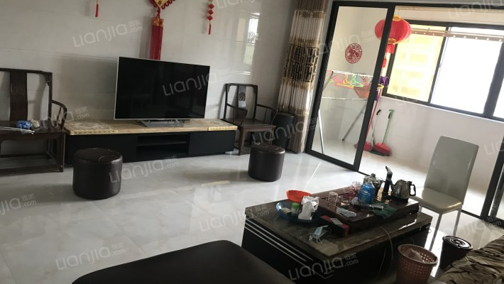 晋江高铁城~133平四房~带装修出售