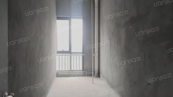 云泰锦园 1室0厅 西