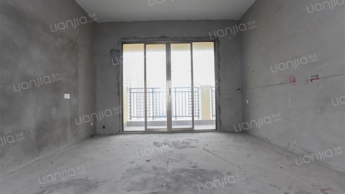 高楼层视野开阔,前后通透大四房出售