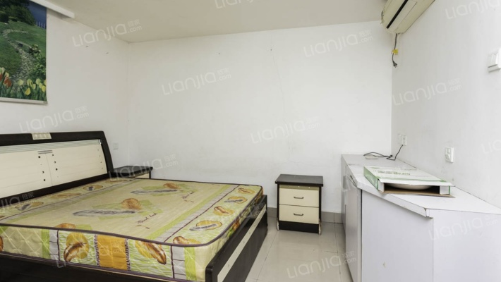 德辉旁单身公寓仅需20万,有钥匙