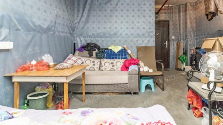 嘉汇城市广场,一室一厅一卫,价格实惠,看房方便