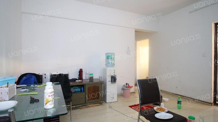 实力锦城公寓 简单装修   楼层好 采光无遮挡