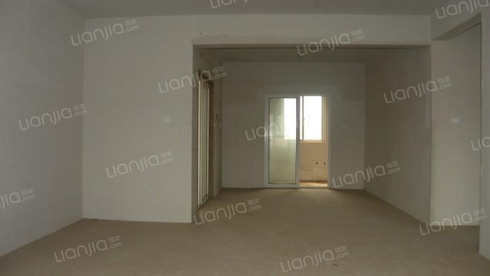 房间布局好,采光充足。环境好,不临街不喧闹