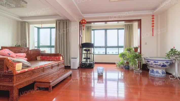 房东诚心出售,欢迎随时预约看房,看中价格可谈。