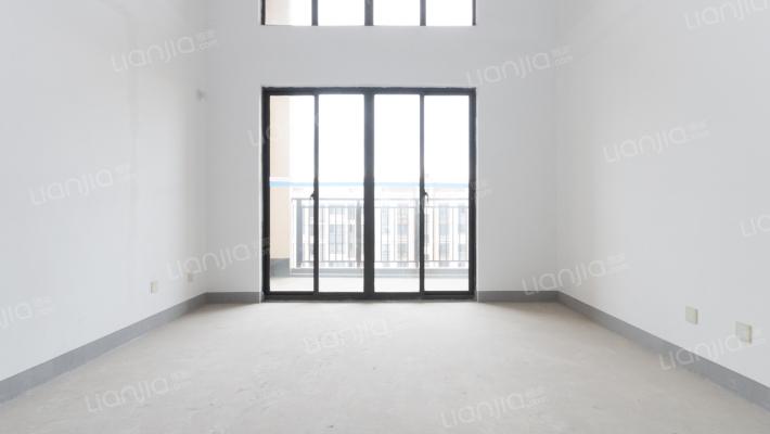 新城华庭 5室2厅 南