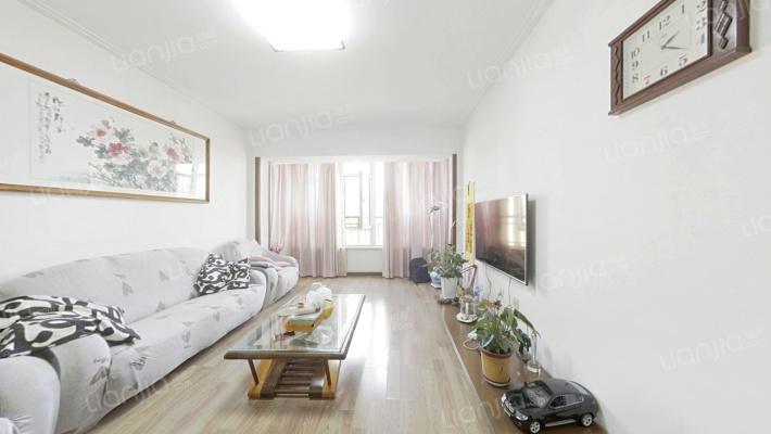 铁西东环时代花园 南北通透 精装修3室有阁楼 有阳光房