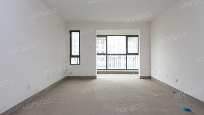 绿城百合公寓天风苑 4室2厅 南 北