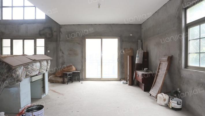五四北,叠拼别墅,毛坯自由装修,超大使用空间