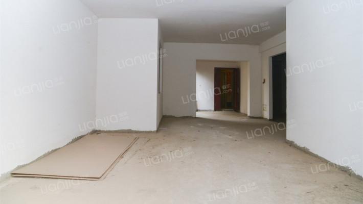 皇家公馆 4室2厅 210万