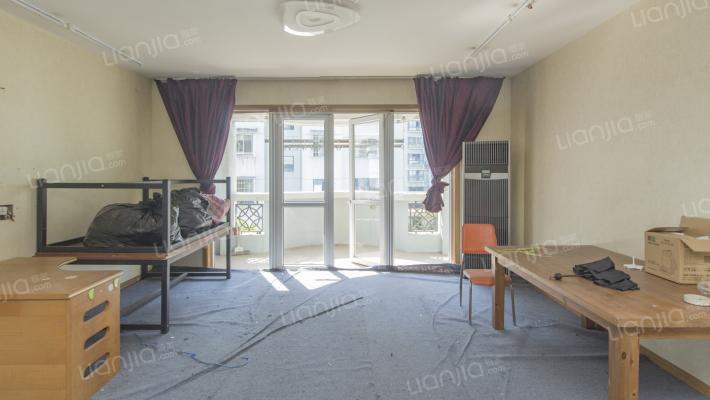 嘉和花园,5室2卫,改善型居住,诚心售卖,看房方便
