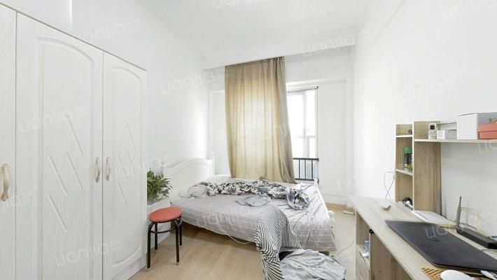 云栖小镇 青年单身公寓 一居室 精装修  看房方便