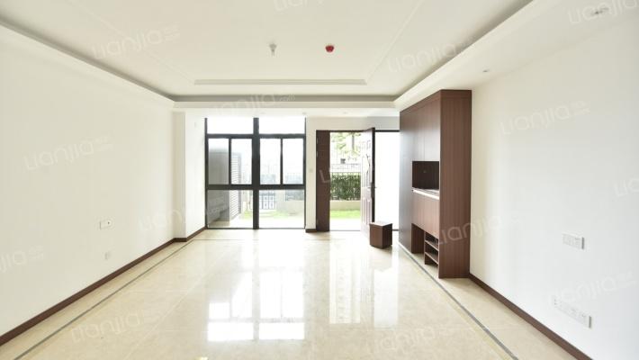 出售万科金域复式楼125.53平精装5室2厅1厨3卫255万