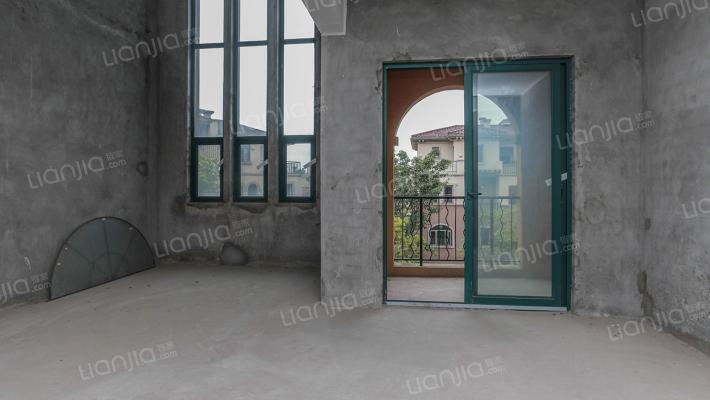 庆隆南山高尔夫国际社区山外山独栋别墅出售