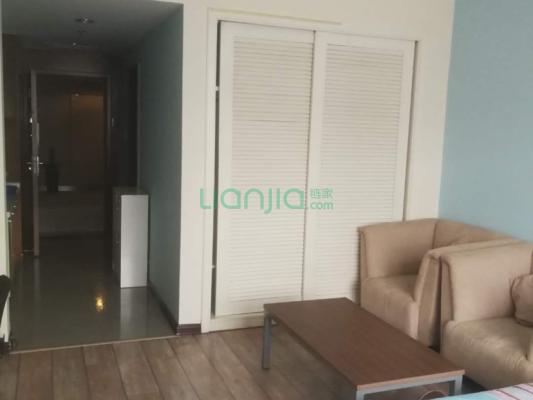 此房为酒店式公寓,精装修,诚心出售