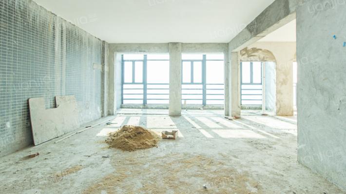 春满园电梯复式房3层,实用面积高
