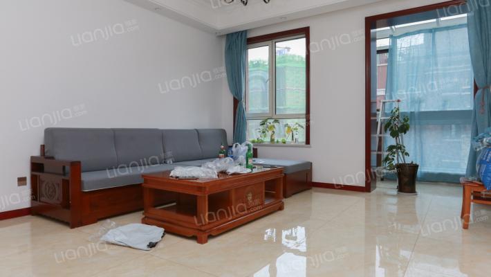 薛家岛唯一叠拼别墅,3+4带露台,精装修,看房随时
