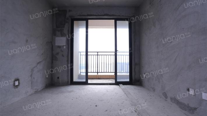 轻轨口物业 中熙3房2厅2卫 业主诚心出售