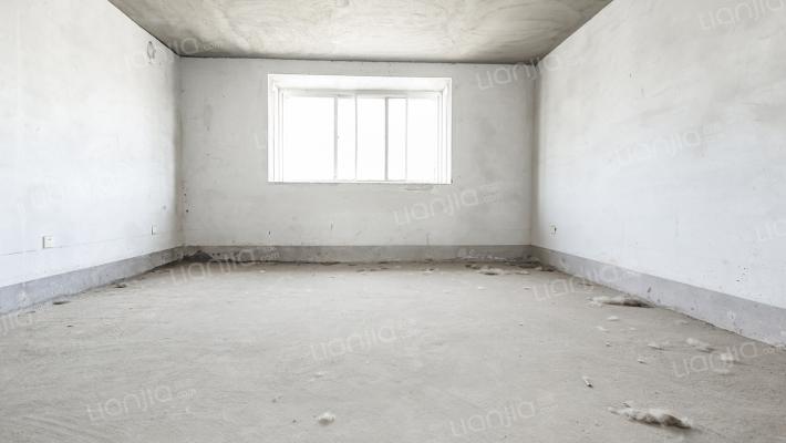 凯泰庄园 3室2厅 南
