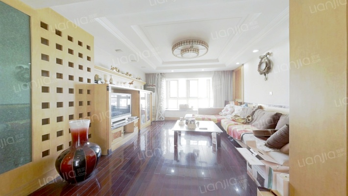 长江之家 顶楼跃层 南北通透 带露台 采光充足