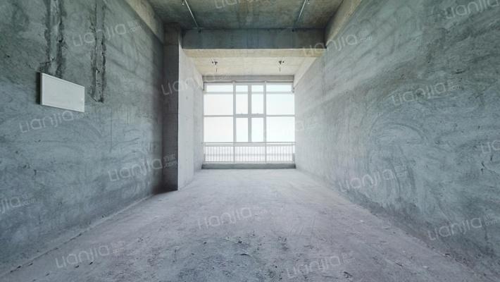 江南国际丝绸城 2室2厅 68万