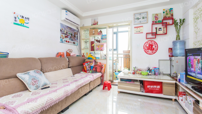 简装房两室两厅,价格便宜,业主诚心出售