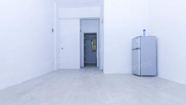 新豪苑 装修两房出售 满五唯一