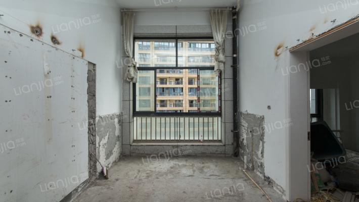 欣北钱江国际广场 3室1厅 60万
