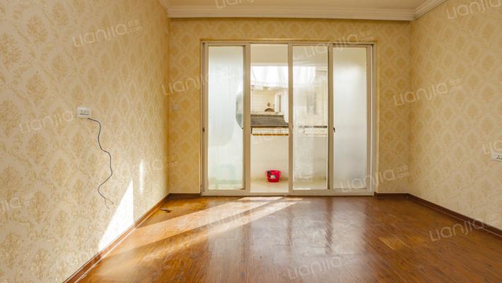 单价仅17500!红日花园 别墅区电梯房大平层 采光无挡