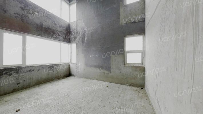 观山湖一号 5室2厅 南