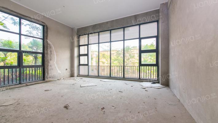 东区 紫园 毛坯 联排别墅 地段很好