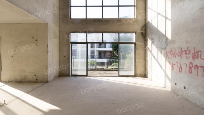 百万别墅大盘,舒适安静,环境清幽,诚心出售随时可签