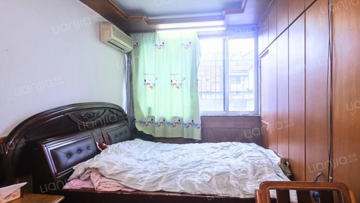 成达公寓,复式,三室一厅,简单装修