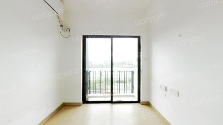 万科云城米酷 实用小青年公寓  带装修出售 50年产权