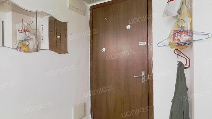 三木国际公寓 高层东向套间 复式一房 带大飘窗