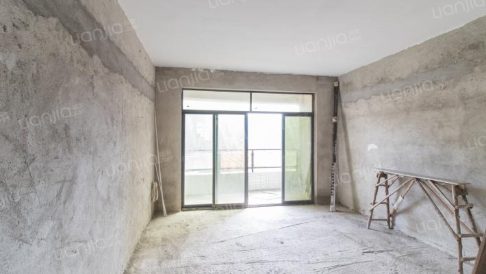 恒峰新村 小区管理 电梯高层 复式大户型
