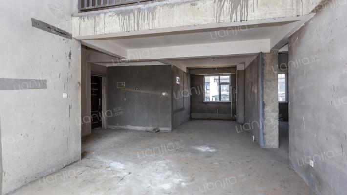 嘉益·香槟城 6室3厅 南 北