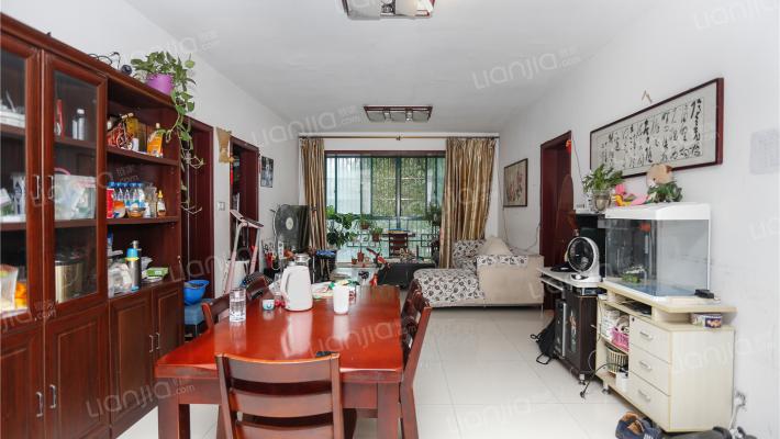 5室2厅1厨2卫  大户型  业主诚心出售 满五唯一