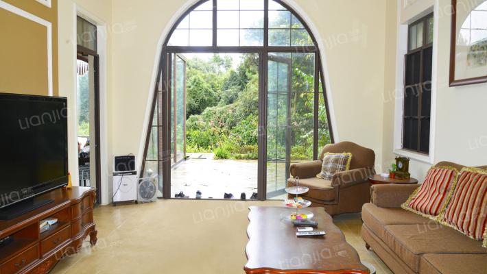 贝多芬岛独栋别墅,带地暖,带花园500平米,随时看房