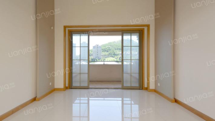 颐和星苑精装电梯洋房挑空厅复式南北平台有钥匙